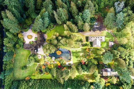 R2217214 - 2250 INDIAN RIVER CRESCENT, Indian River, North Vancouver, BC - House with Acreage
