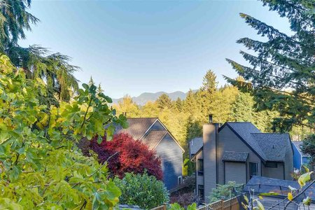 R2218874 - 4260 STRATHCONA ROAD, Deep Cove, North Vancouver, BC - House/Single Family