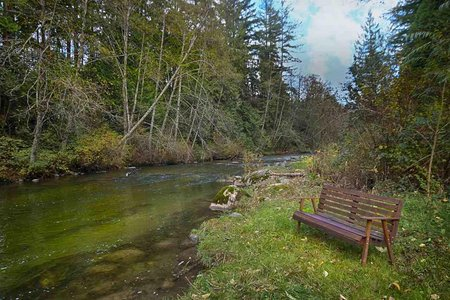 R2219259 - 13015 ALOUETTE ROAD, Websters Corners, Maple Ridge, BC - House with Acreage