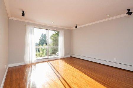 R2219366 - 213 135 W 21ST STREET, Central Lonsdale, North Vancouver, BC - Apartment Unit