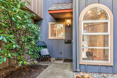 R2221434 - 50 900 W 17TH STREET, Hamilton, North Vancouver, BC - Townhouse