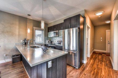 R2225919 - 207 5665 177B STREET, Cloverdale BC, Surrey, BC - Apartment Unit