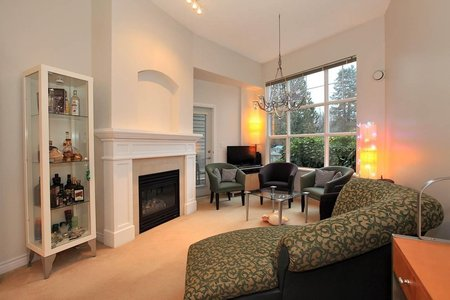 R2231861 - 111 960 LYNN VALLEY ROAD, Lynn Valley, North Vancouver, BC - Apartment Unit