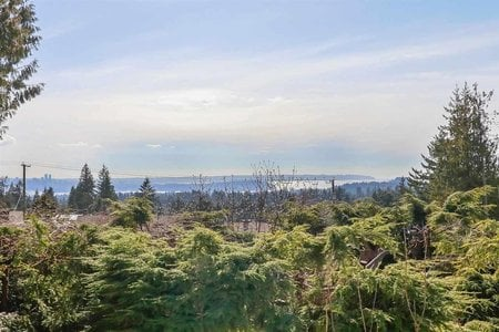 R2232460 - 701 BLUERIDGE AVENUE, Canyon Heights NV, North Vancouver, BC - House/Single Family