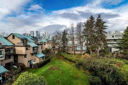 R2232650 - 695 MOBERLY ROAD, False Creek, Vancouver, BC - Townhouse