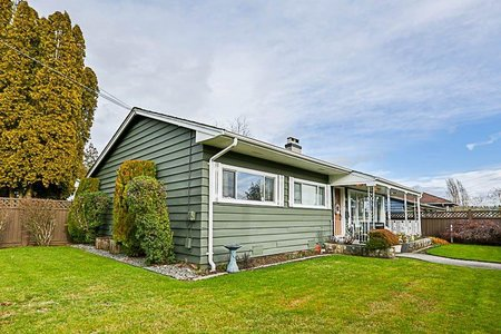R2235122 - 17333 58A AVENUE, Cloverdale BC, Surrey, BC - House/Single Family