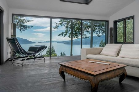 R2236422 - 410 MOUNTAIN DRIVE, Lions Bay, West Vancouver, BC - House/Single Family
