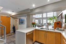 302 141 WATER STREET, Vancouver - R2239323