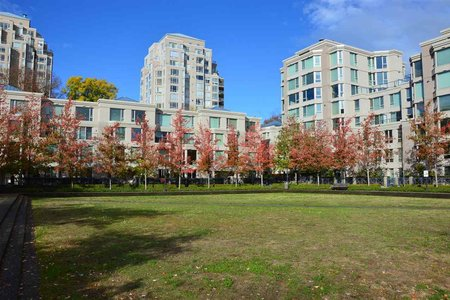 R2239726 - 422 2628 LONG LIFE PLACE, Fairview VW, Vancouver, BC - Townhouse