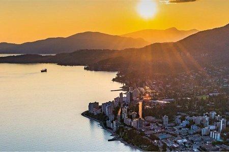 R2240302 - 405 6687 NELSON AVENUE, Horseshoe Bay WV, West Vancouver, BC - Apartment Unit