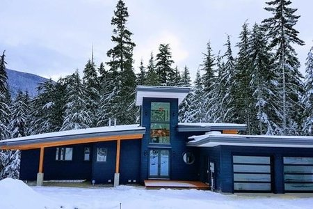 R2240728 - 9005 SKIERS REST LANE, Rainbow, Whistler, BC - House/Single Family