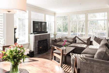 R2241132 - 2520 WESTERN AVENUE, Upper Lonsdale, North Vancouver, BC - Townhouse