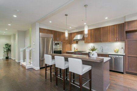 R2242523 - 6 555 RAVEN WOODS DRIVE, Roche Point, North Vancouver, BC - Townhouse