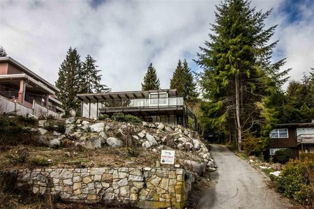 R2244496 - 75 LAURIE CRESCENT, Glenmore, West Vancouver, BC - House/Single Family