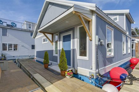 R2248111 - DFH#5 415 W ESPLANADE AVENUE, Lower Lonsdale, North Vancouver, BC - House/Single Family