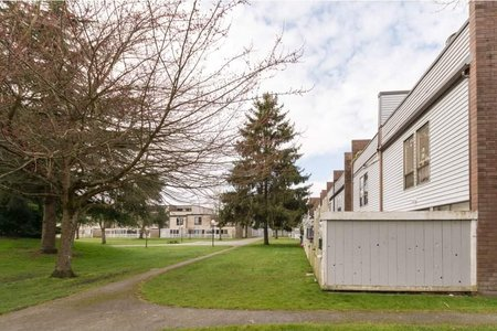 R2248199 - 18 10200 4TH AVENUE, Steveston North, Richmond, BC - Townhouse
