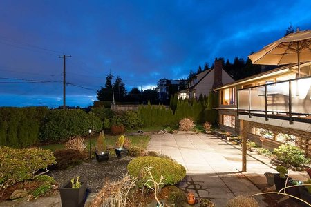 R2248507 - 1122 CRESTLINE ROAD, British Properties, West Vancouver, BC - House/Single Family