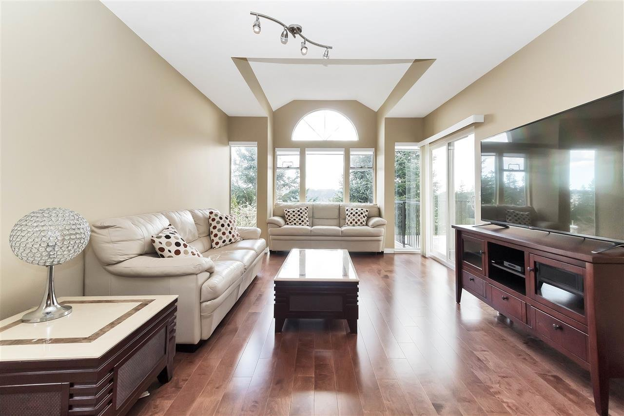 27 Wildwood Drive, Port Moody - 8 beds, 6 baths - For Sale real ...
