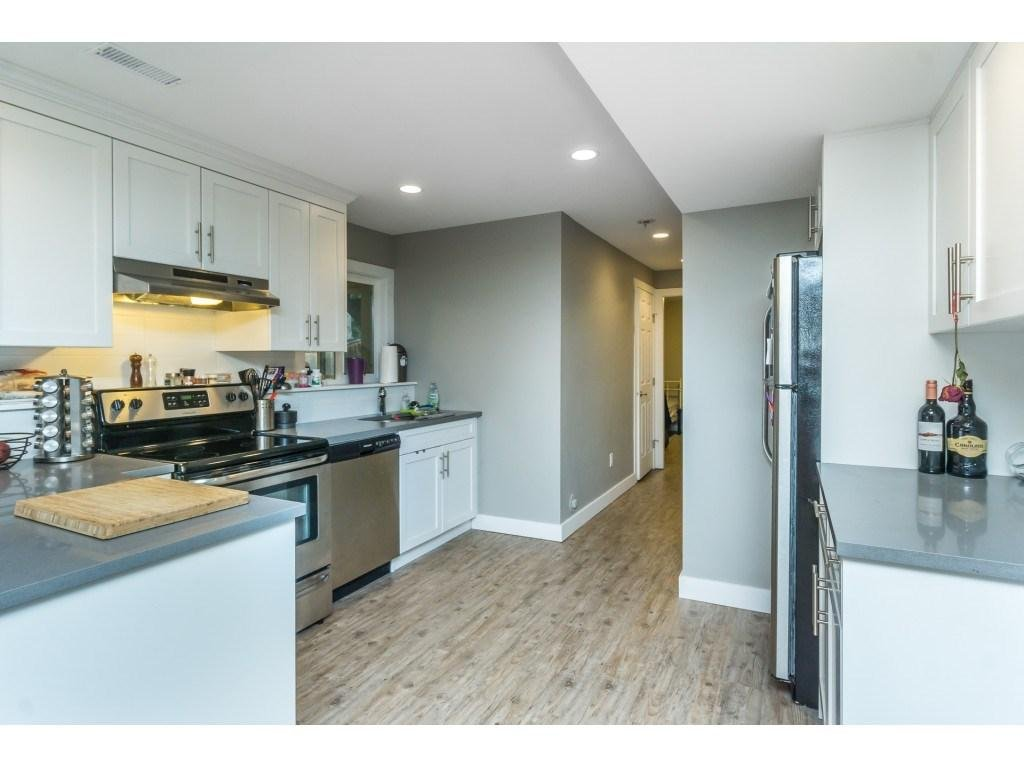 Outstanding Yangs Kitchen Image Collection - Kitchen Cabinets ...