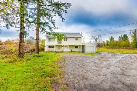 R2257954 - 1698 240 STREET, Otter District, Langley, BC - House with Acreage