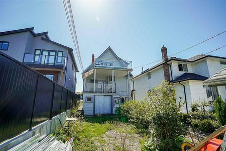 R2265466 - 3565 TRIUMPH STREET, Hastings East, Vancouver, BC - House/Single Family