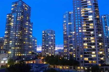 R2266390 - 703 928 RICHARDS STREET, Yaletown, Vancouver, BC - Apartment Unit