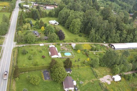 R2266598 - 12690 256 STREET, Websters Corners, Maple Ridge, BC - House with Acreage