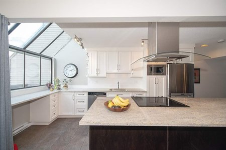 R2274429 - 2020 CHESTERFIELD AVENUE, Central Lonsdale, North Vancouver, BC - Townhouse