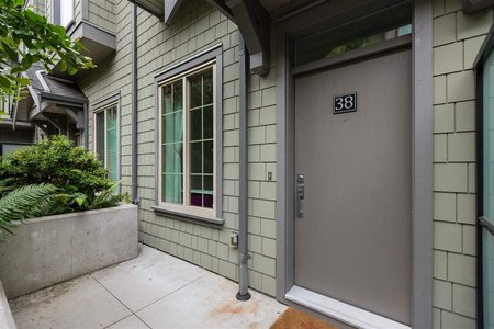 R2277368 - 38 433 SEYMOUR RIVER PLACE, Seymour NV, North Vancouver, BC - Townhouse