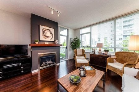 R2278306 - 305 120 W 16TH STREET, Central Lonsdale, North Vancouver, BC - Apartment Unit