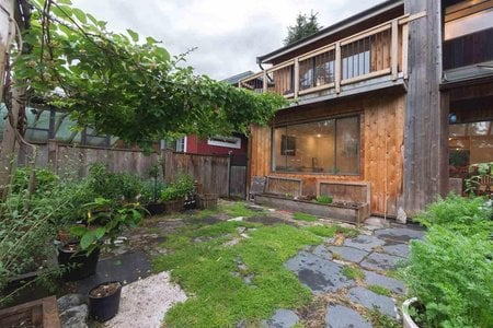 R2278762 - 1335 E 8 STREET, Lynnmour, North Vancouver, BC - House/Single Family
