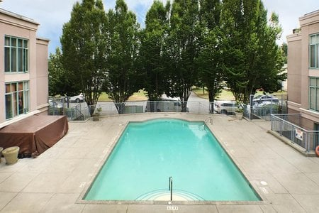 R2279169 - 202 2468 E BROADWAY, Renfrew VE, Vancouver, BC - Apartment Unit