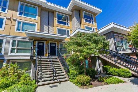 R2279798 - 34 728 W 14TH STREET, Hamilton, North Vancouver, BC - Townhouse