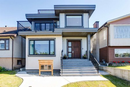 R2281296 - 2870 E 22ND AVENUE, Renfrew Heights, Vancouver, BC - House/Single Family