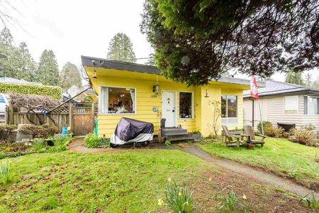 R2283680 - 1555 FULTON AVENUE, Ambleside, West Vancouver, BC - House/Single Family