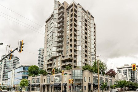R2284412 - 304 160 E 13TH STREET, Central Lonsdale, North Vancouver, BC - Apartment Unit