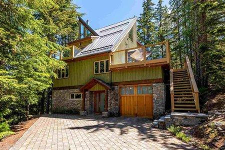 R2285281 - 2540 TRICOUNI PLACE, Bayshores, Whistler, BC - House/Single Family