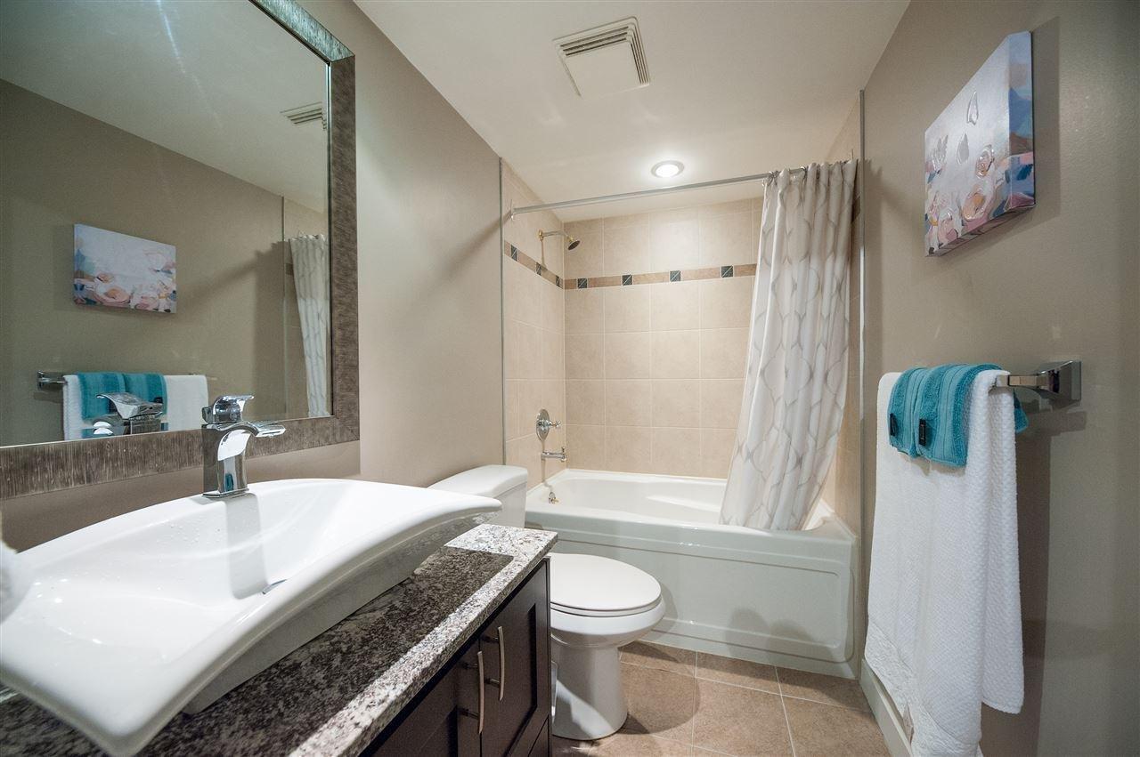 1608 193 Aquarius Mews, Vancouver - 2 beds, 2 baths - For Sale