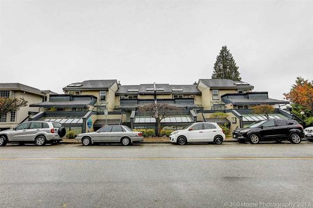 R2288419 - 2452 HAYWOOD AVENUE, Dundarave, West Vancouver, BC - Townhouse