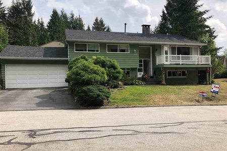 R2291256 - 2450 KILMARNOCK CRESCENT, Westlynn Terrace, North Vancouver, BC - House/Single Family