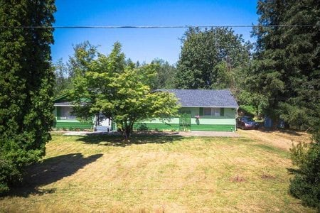 R2291837 - 25381 48 AVENUE, Salmon River, Langley, BC - House with Acreage