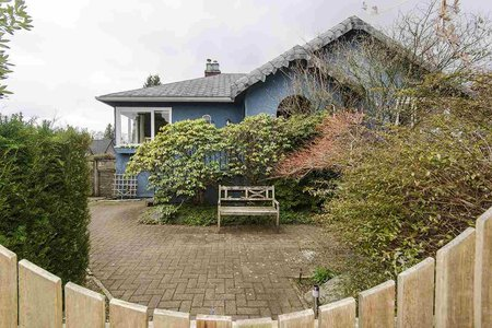 R2300780 - 863 17TH STREET, Ambleside, West Vancouver, BC - House/Single Family