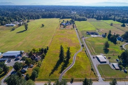 R2304011 - 1088 224 STREET, Campbell Valley, Langley, BC - House with Acreage