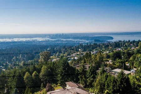 R2305665 - 574 CRAIGMOHR DRIVE, Glenmore, West Vancouver, BC - House/Single Family