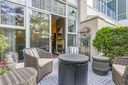 R2307467 - 123 AQUARIUS MEWS, Yaletown, Vancouver, BC - Townhouse