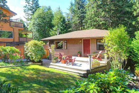 R2308353 - 1921 PARKSIDE LANE, Deep Cove, North Vancouver, BC - House/Single Family