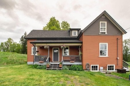 R2308873 - 22089 TELEGRAPH TRAIL, Fort Langley, Langley, BC - House with Acreage