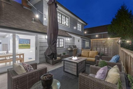 R2313668 - 2384 MATHERS AVENUE, Dundarave, West Vancouver, BC - House/Single Family