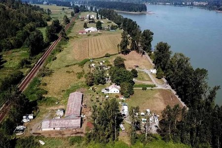R2324614 - 29464 RIVER ROAD, Bradner, Abbotsford, BC - House with Acreage