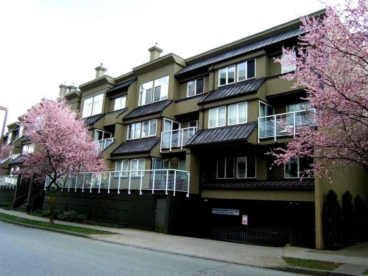 307 650 MOBERLY ROAD, Vancouver - R2324795